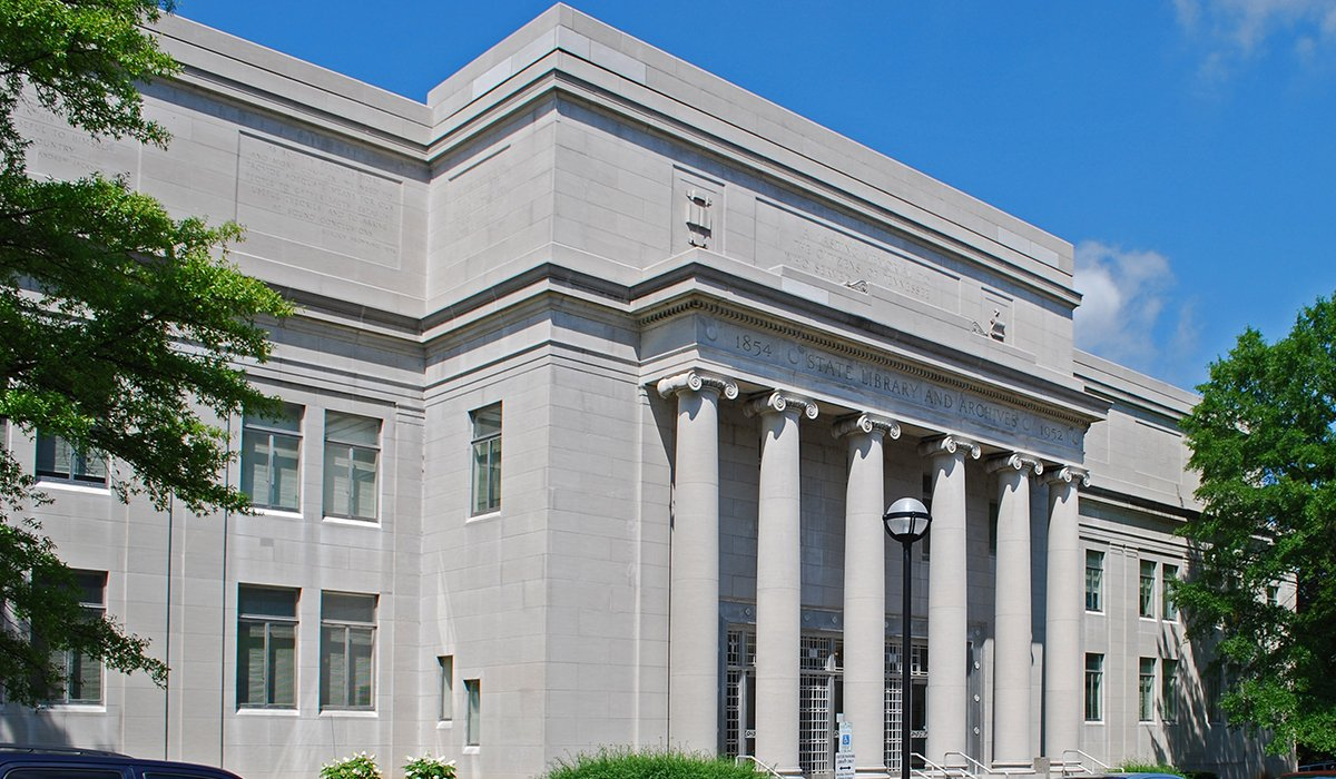 Tennesse State Library and Archives building